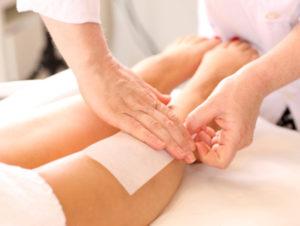 Salon Leg Waxing
